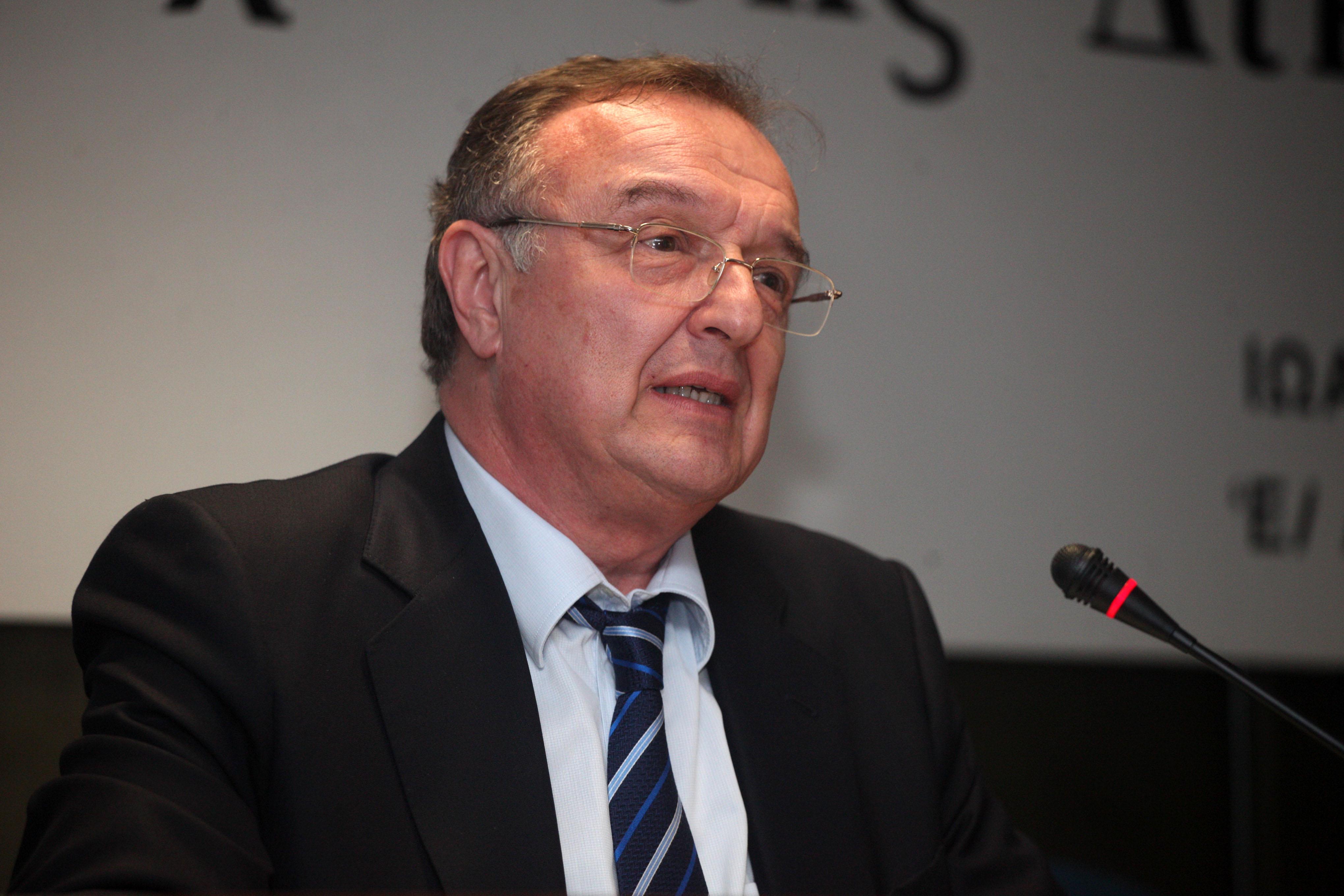 Ολομέλεια Δικηγορικών Συλλόγων: Προειδοποιεί για παραβίαση βασικών συνταγματικών διατάξεων και όχι μόνο…