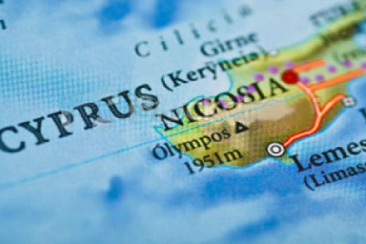 Η Κύπρος ως διέξοδος στη φορολογική μέγγενη της Ελλάδος