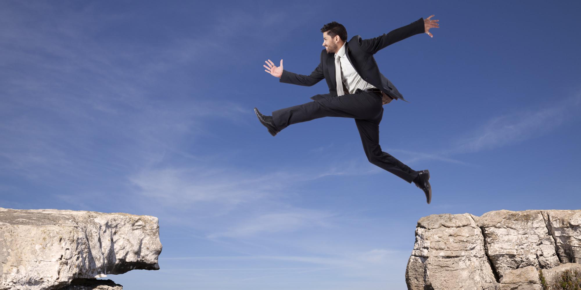Πως απαντούν οι επιχειρηματίες στον ασφυκτικό κλοιό των φόρων