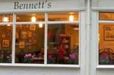 Η 'επική' απάντηση από ιδιοκτήτη εστιατορίου σε κακή κριτική πελάτισσας