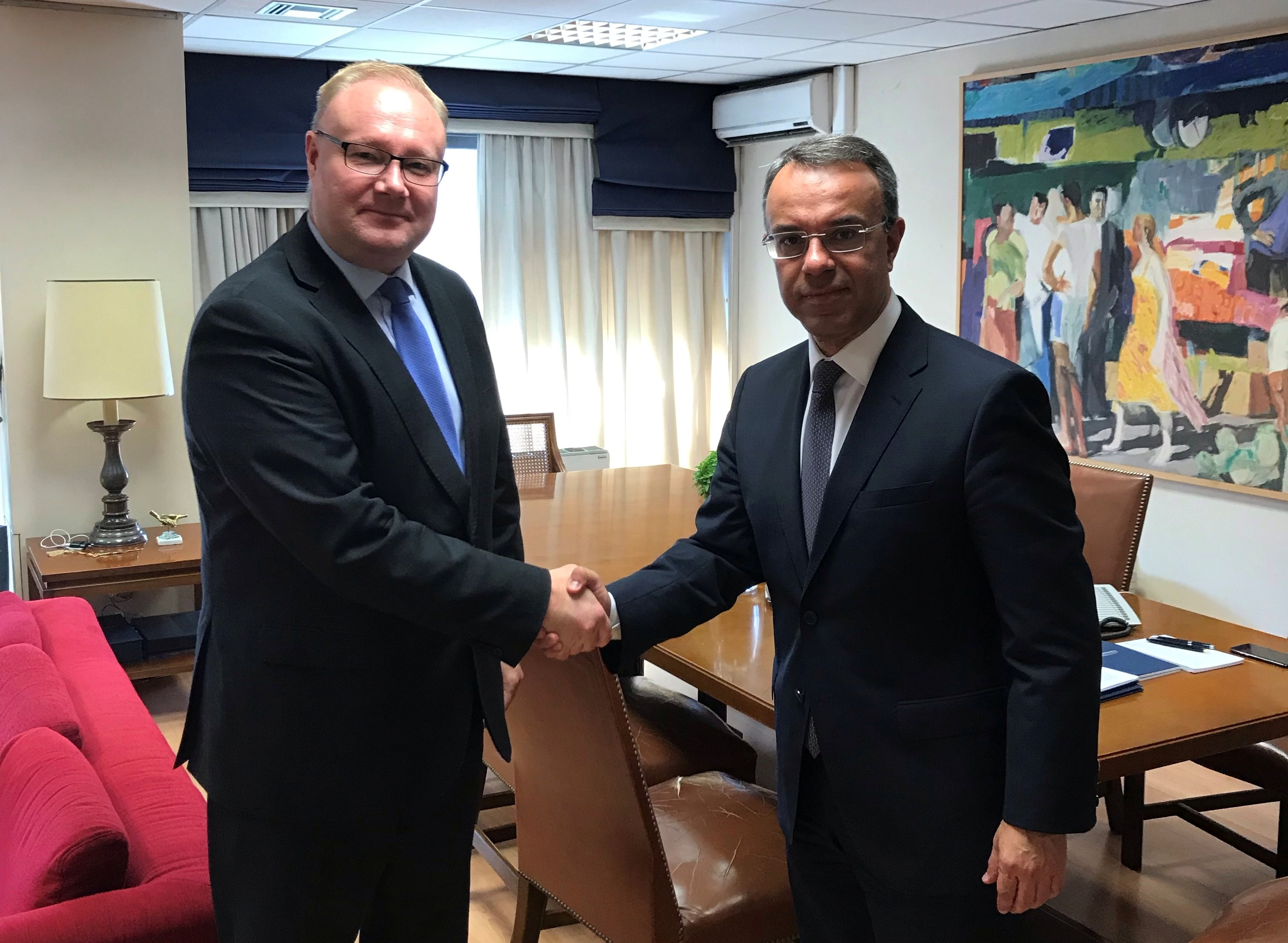 Συνάντηση Σταϊκούρα με φινλανδό Πρέσβη